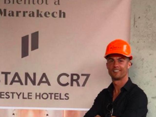 Cristiano Ronaldo suit les travaux de son hôtel à Marrakech (PHOTOS)