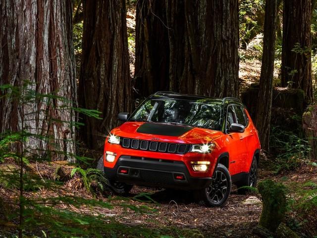 Nous allons essayer le nouveau Jeep Compass 2017, un VUS vital pour FCA