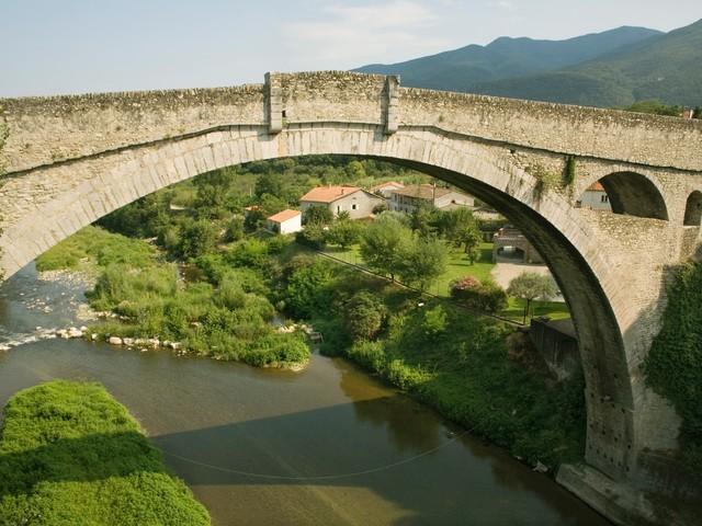 Pyrénées-Orientales : le corps d'un homme retrouvé au fond d'une faille