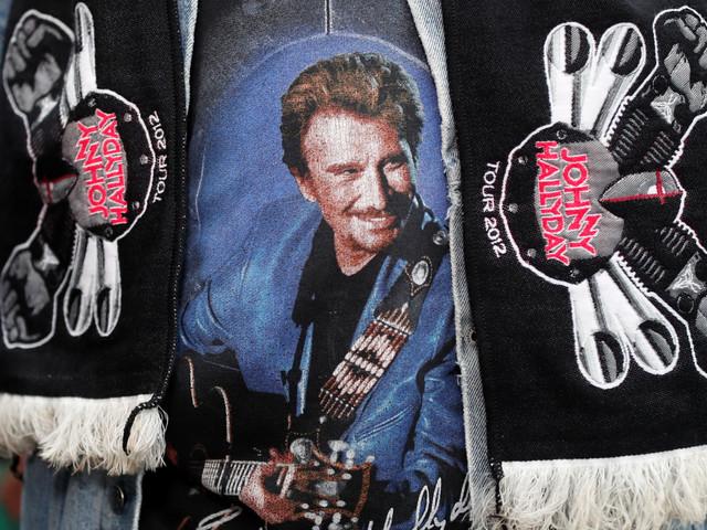 """Mort de Johnny Hallyday: le monde de la musique pleure """"une véritable légende"""""""