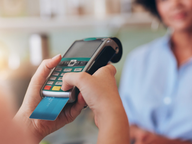 Dollarama acceptera les cartes de crédit dans l'ensemble de ses magasins
