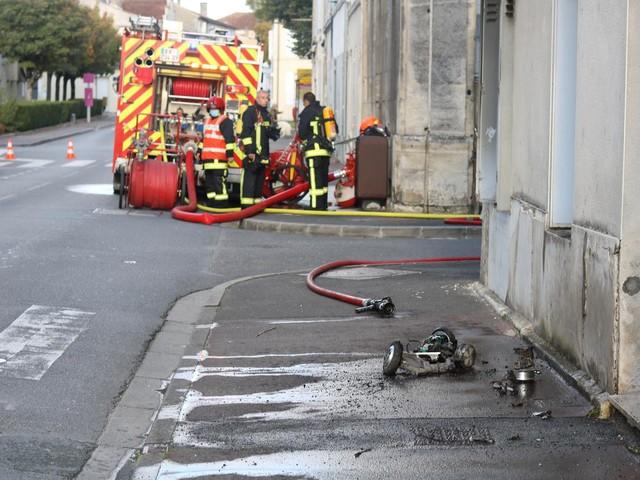 Cognac: un hoverboard prend feu dans le salon, les habitants relogés
