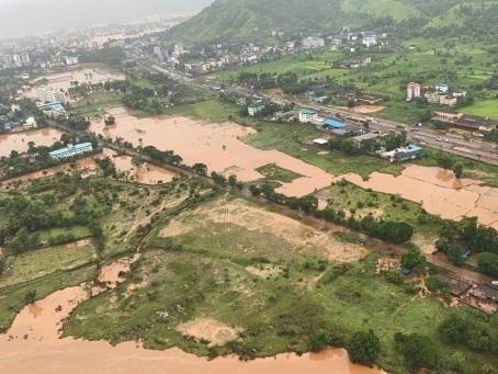 Pluies de mousson en Inde: au moins 76 morts et des dizaines de disparus