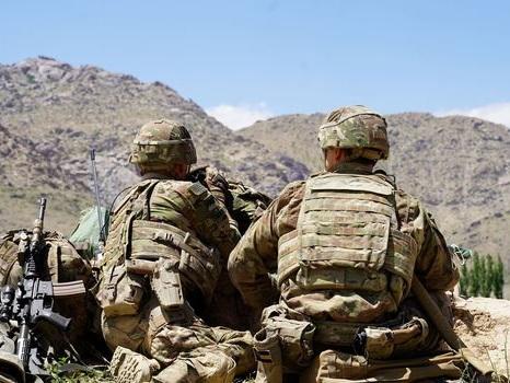 """Afghanistan : la trêve """"respectée"""", Washington entrevoit une opportunité """"historique"""""""