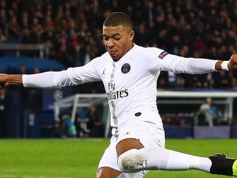 Saint-Etienne - PSG: Paris remercie Mbappe, le résumé du match