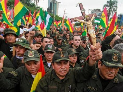 Avec la démission d'Evo Morales, la Bolivie s'enfonce dans l'inconnu