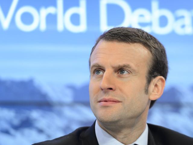 De Versailles à Davos, Macron assume le rôle de porte-voix d'une mondialisation équitable
