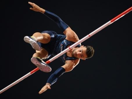 Mondiaux d'athlétisme: Valentin Lavillenie, au nom du frère