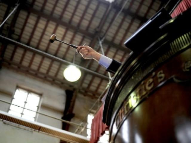 Un bronze de Brancusi vendu 57,3 millions de dollars aux enchères à New York