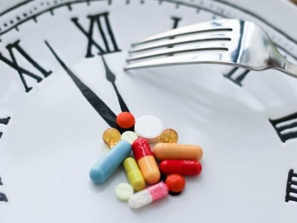 Pourquoi manger tard peut mettre votre cœur en danger?