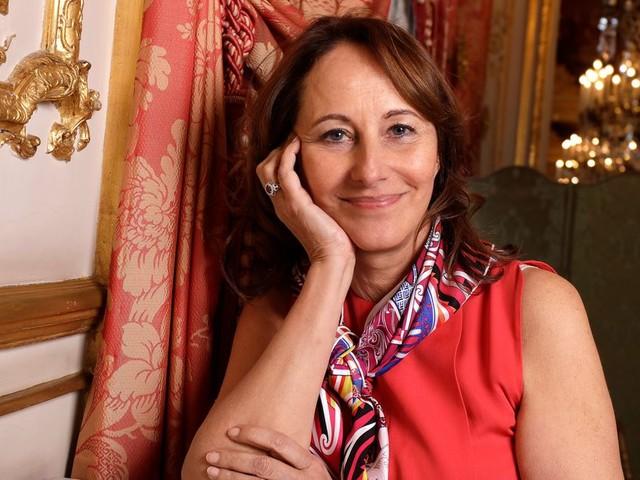 Ségolène Royal déroge-t-elle à son devoir de réserve?