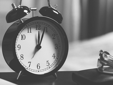 35 heures, retraites, jours fériés: au boulot, bande de feignasses !