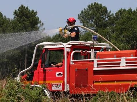 Bassin d'Arcachon: Plus de 50 hectares de pins détruits par le feu