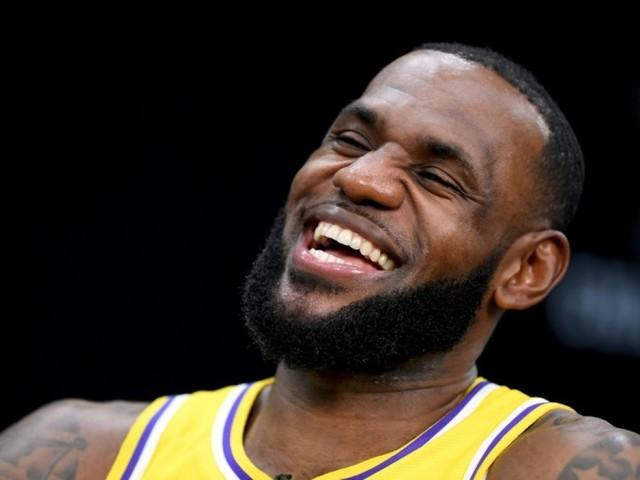 NBA: l'ère LeBron James aux Lakers a officiellement commencé