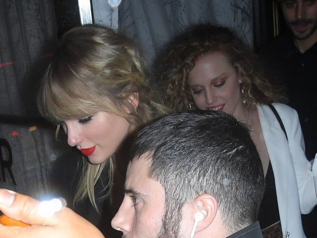 Taylor Swift : Invités célèbres, ses chats sur le gâteau... Son fol anniversaire