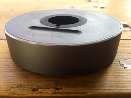 Test : le support Ugreen transforme le câble de recharge Apple Watch en station d'accueil