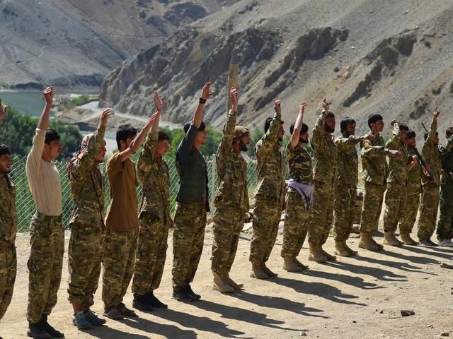 En Afghanistan, qui pour incarner la résistance aux talibans?