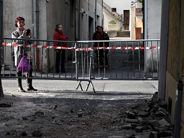 VIDEO. Maisons éventrées, fenêtres arrachées... Voici les images des dégâts causés par le séisme qui a touché la Drôme et l'Ardèche