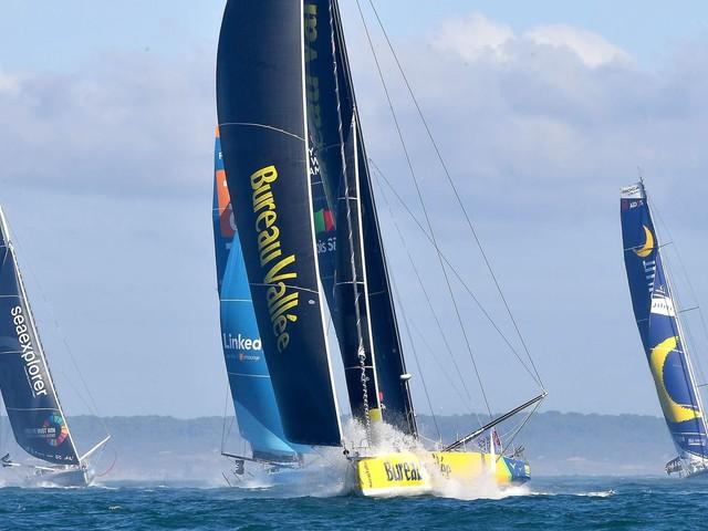 """Vendée Globe : """"On ne retiendra que le vainqueur, mais chaque marin aura la satisfaction d'avoir accompli quelque chose d'énorme"""", confie Yann Eliès"""