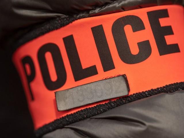 2 policiers condamnés pour des violences ont continué à travailler avant le procès en appel