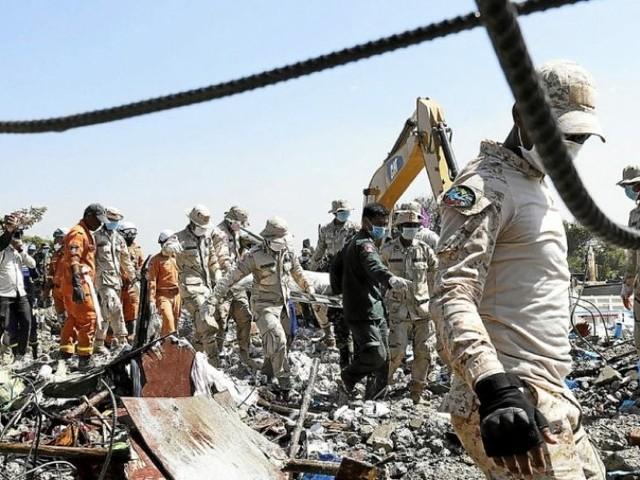 36 morts dans l'effondrement d'un hôtel en construction au Cambodge