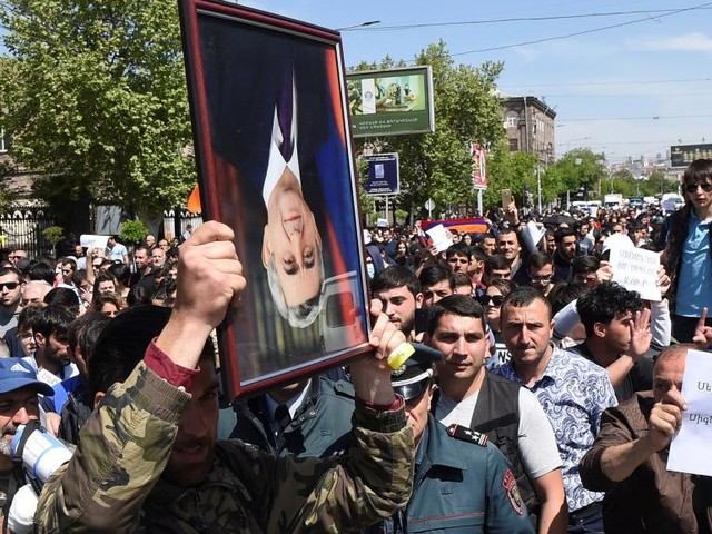 Neuvième jour de manifestations anti-gouvernementales en Arménie