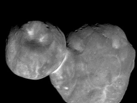 """Son nom avait une connotation nazie : la Nasa rebaptise l'astéroïde """"Ultima Thulé"""""""