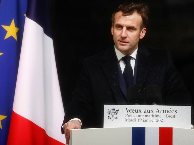 """Opération Barkhane : Emmanuel Macron annonce un """"ajustement"""" des troupes au Sahel"""