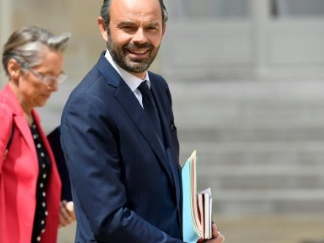 Législatives: Philippe réitère son soutien à Bournazel face à El Khomri