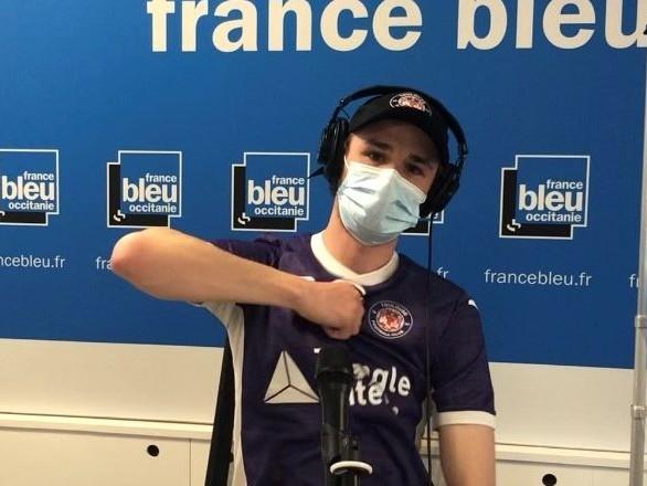 """""""Objectif Ligue 1"""" : le rappeur toulousain Lu'K dévoile une chanson dédiée au TFC"""