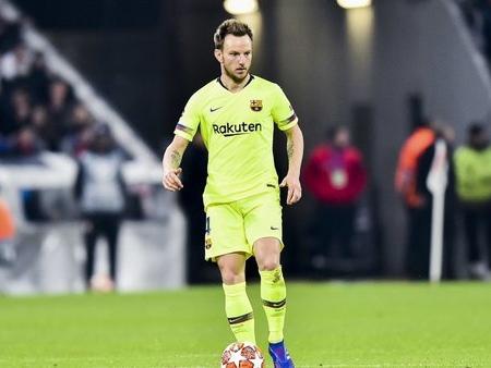 Mercato - Barcelone : Rakitic aurait pris une décision radicale pour son avenir !