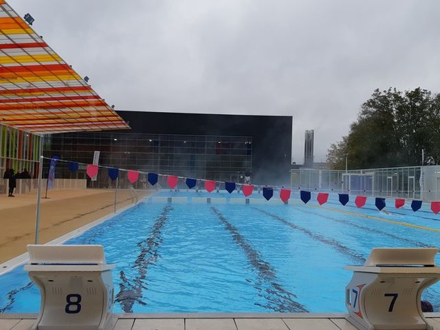 PHOTOS - Le bassin nordique de la piscine de la Ganterie a enfin ouvert