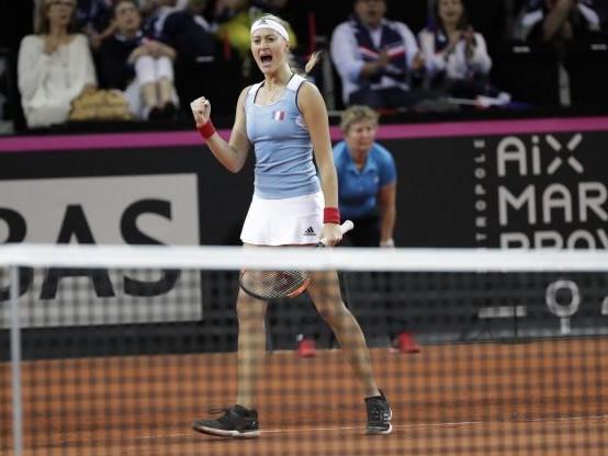 Tennis - Fed Cup - Kristina Mladenovic domine Coco Vandeweghe, la France revient à 1-1 contre les Etats-Unis