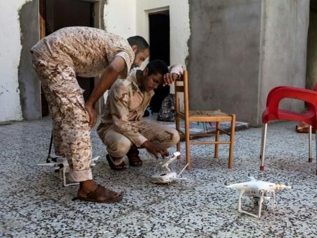 Dans le ciel libyen, bataille entre drones turcs et émiratis