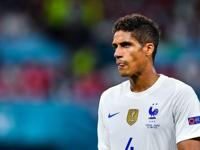 Mercato - PSG : Une réponse fracassante tombe pour Raphaël Varane !