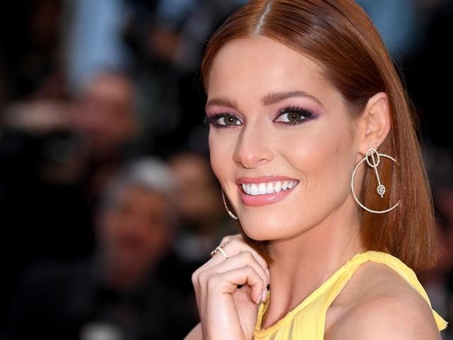 À Miss Univers, Maëva Coucke a-t-elle une chance de remporter la couronne?
