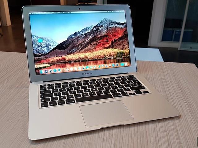 Bon plan – Le MacBook Air 2016 à 899€ + housse de protection
