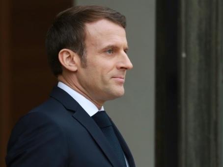 Macron en haut des Alpes pour marquer un tournant vert
