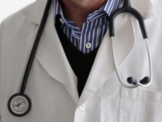 Hôpital: la vague de démissions de médecins s'enclenche