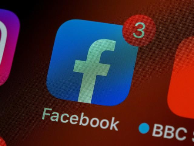 Facebook dévoile Hotline, sa version de Clubhouse