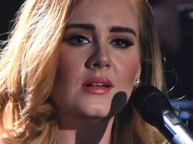 Adele : Cette somme impressionnante qu'elle va toucher pour son retour sur scène