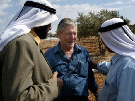 L'écrivain israélien David Grossman rend hommage à Amos Oz