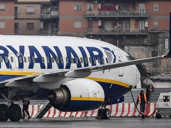 Une grève de pilotes de Ryanair bloquée en Irlande mais autorisée au Royaume-Uni