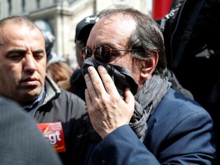 """1er mai à Paris: CGT et Solidaires incriminent le gouvernement, qui défend """"l'ordre républicain"""""""