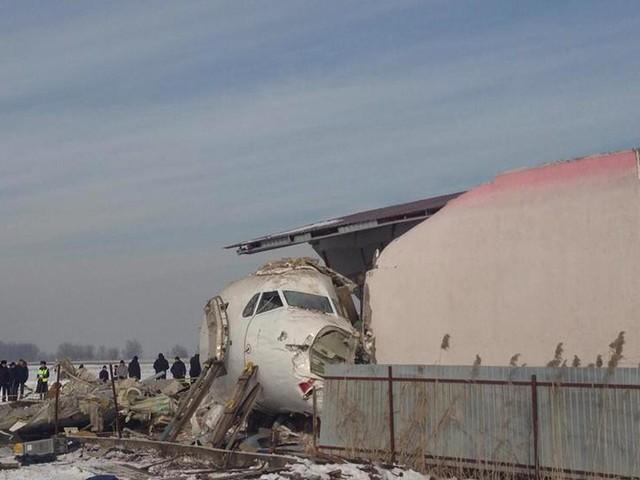 Crash en Iran : les six précédents cas d'avions civils abattus par des missiles