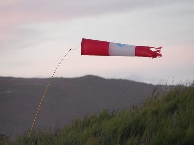 Aude et Pyrénées-Orientales - Alerte au vent violent, jusqu'à 100km/h attendus en rafales