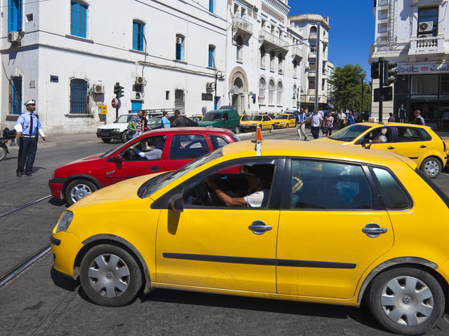 """""""Les prix des courses vont augmenter d'environ 20% d'ici le mois de mars"""" annonce le secrétaire général de l'Union Tunisienne des chauffeurs de taxi"""