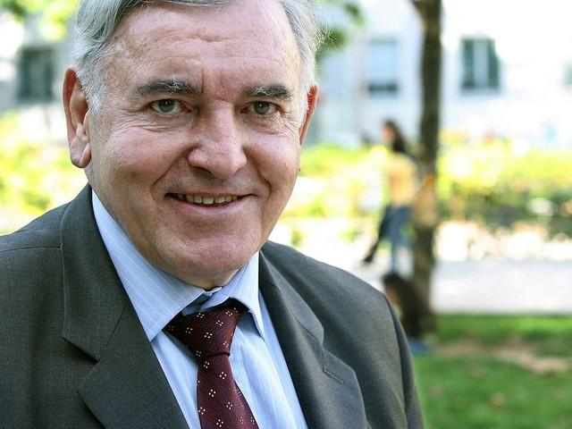 Mort de Jean-Michel Dubernard, professeur de médecine pionnier des greffes