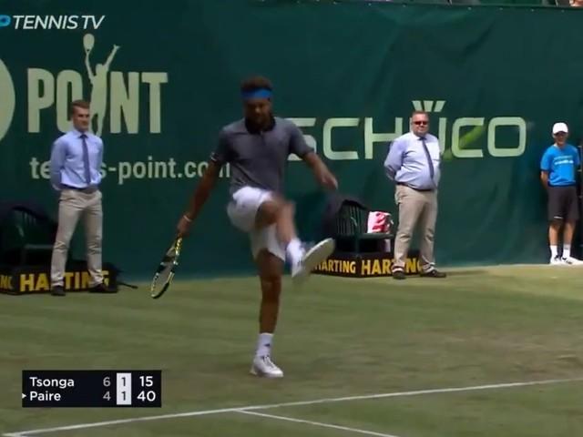 Tsonga et Paire se font un foot en plein match (vidéo)