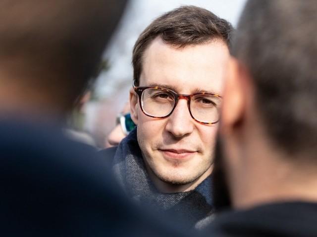 """François Boulo : """"Un an après le début des gilets jaunes, des citoyens n'attendent qu'une étincelle"""""""